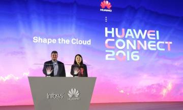Diana Yuan a Richard Longo společně oznamují nové řešení (PRNewsFoto/Huawei)