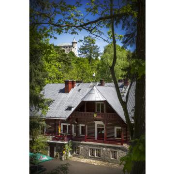 Království perníku s Perníkovou chaloupkou pod hradem Kunětická hora u Pardubic Foto: Tomáš Kubelka