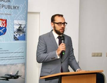 Ředitel odboru průmyslové spolupráce Ministerstva obrany ČR Tomáš Kopečný.