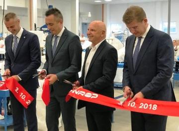 Na snímku zleva místopředseda vlády SR Richard Raši, primátor Trebišova Marek Čižmár, majitel BR Group Rudolf Bochenek a ministr hospodářství Peter Žiga.