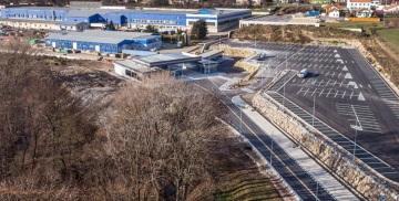 Závod v jihomoravském Rousínově vyrábí kovové díly pro montáž výherních přístrojů