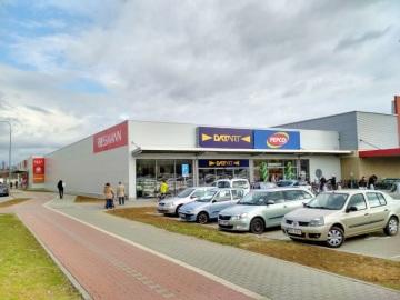 RC Europe dokončila výstavbu dalšího retail parku s označením Nest, tentokrát v Uherském Hradišti vedle Kauflandu