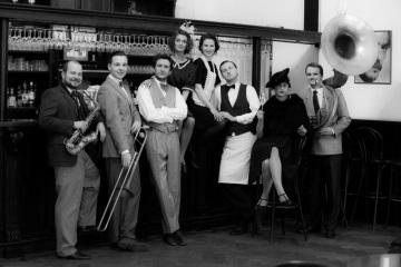 Taneční groteska Pingls aneb Hot Café Revue