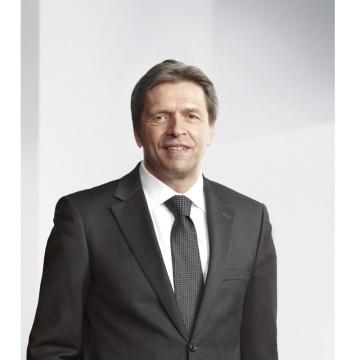Po téměř 14 úspěšných letech strávených v pozici předsedy představenstva  Gebrüder Weiss složí Wolfgang Niessner na konci roku 2018 svou operativní funkci a odejde  do penze. (Zdroj: Gebrüder Weiss)