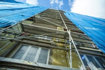 Kombinovat minerální vatu a polystyren se u bytových domů nevyplatí.