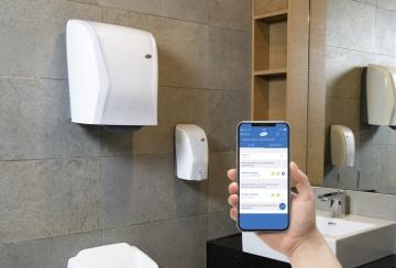 Hygienické dávkovače poskytují údaje o zařízení - o spotřebě, úrovni naplnění a stavu energie Foto: Hagleitner Hygiene/ Werner Krug