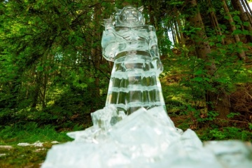 Ledová socha boha Radegasta