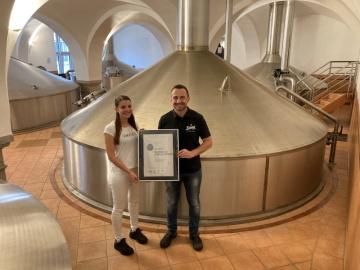 Světlá výčepní desítka stanula na stupních vítězů v tuzemské degustační soutěži Pivo České republiky 2021 a pro Pivovar Samson vybojovala stříbrnou medaili